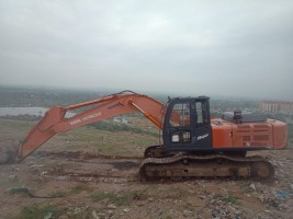 2017 model Used Tata Hitachi 200lc Excavator for sale in jawaharnagar by owners online at best price, Product ID: 450066, Image 1- Infra Bazaar