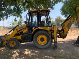 2013 model Used JCB 3DX Backhoe Loader for sale in Balasinor by owners online at best price, Product ID: 450025, Image 2- Infra Bazaar