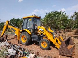 2011 model Used JCB 3DX Backhoe Loader for sale in Pandhurna Chhindwada by owners online at best price, Product ID: 450042, Image 1- Infra Bazaar