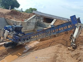 2018 model Used CONMAT  CE200 40 FT Long Paver for sale in Bhuvanagiri by owners online at best price, Product ID: 450123, Image 1- Infra Bazaar