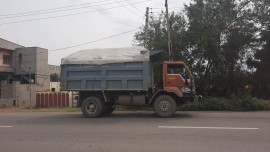 2009 model Used Eicher PB11AL9774 Tipper for sale in Patiala by owners online at best price, Product ID: 450036, Image 2- Infra Bazaar