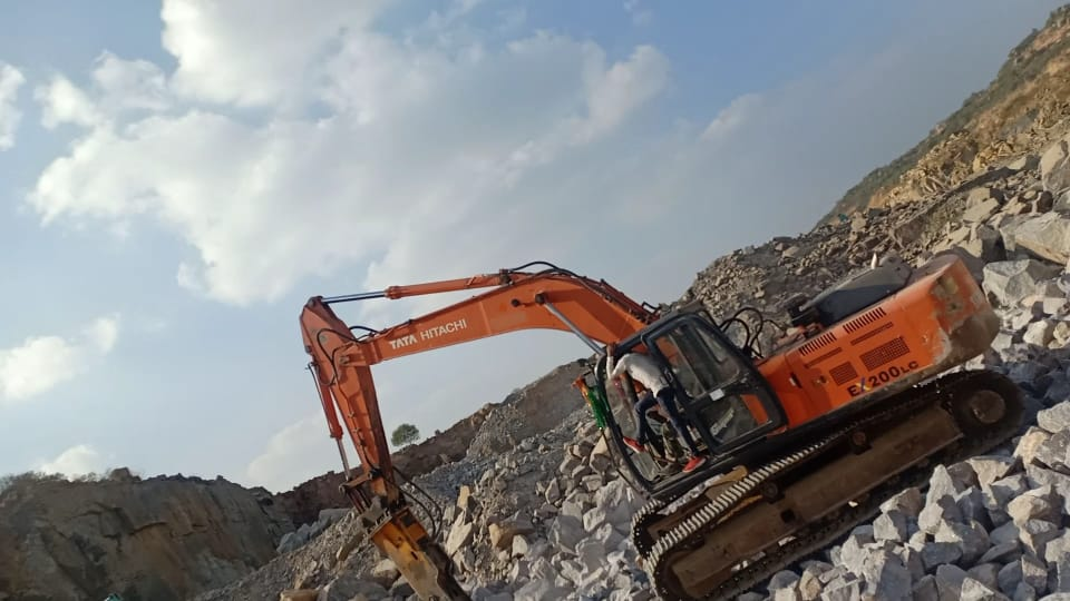 2017 Tata Hitachi EX200 Excavator for rent in HYDERABAD by owners online at best price, Product ID: 449961, Image - Infra Bazaar